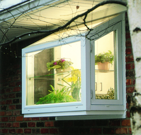 Our Classic Garden Window Is Available With All Of Our Bells And Whistles!  Factory Finished Interiors, R 9 And R 21 Insulated Seats, Plastic Laminate  ...